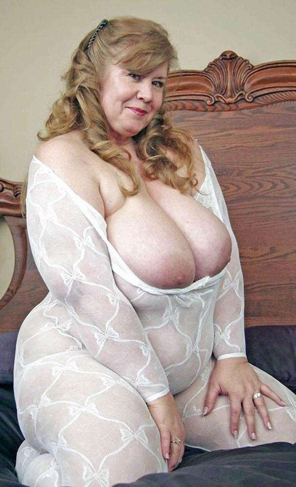 Free Big Tit Granny Porn 73