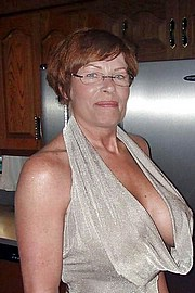 hot_old_grandma130.jpg