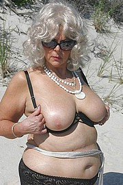 hot_old_grandma145.jpg