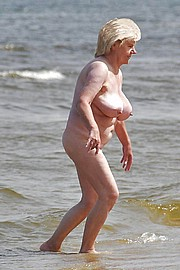 hot_old_grandma149.jpg